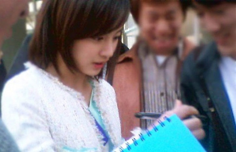 Ngam Kim Tae Hee xinh dep thuo hoc sinh-Hinh-2