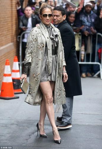 Day la lan dau tien Jennifer Lopez bi che mac xau-Hinh-2