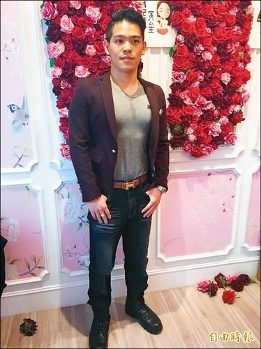 Helen Thanh Dao cong khai tinh moi sau 45 ngay ly hon-Hinh-2