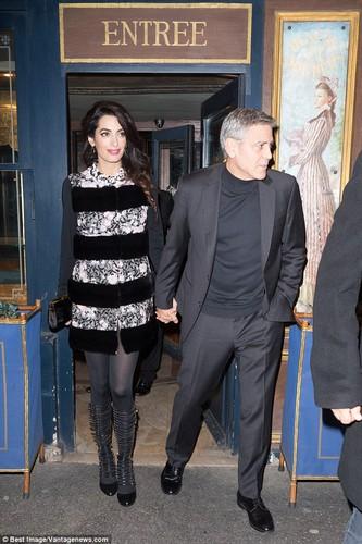 Bo suu tap hang hieu cua vo George Clooney khi bau bi-Hinh-12