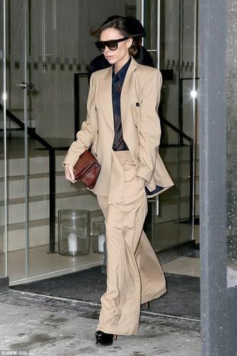 Victoria Beckham bi che xau vi bo vest qua kho-Hinh-3