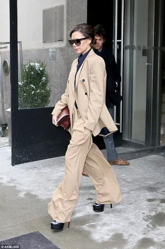 Victoria Beckham bi che xau vi bo vest qua kho