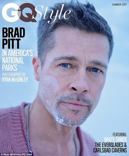 Brad Pitt pho phac, buon ba lam mau tren tap chi-Hinh-2