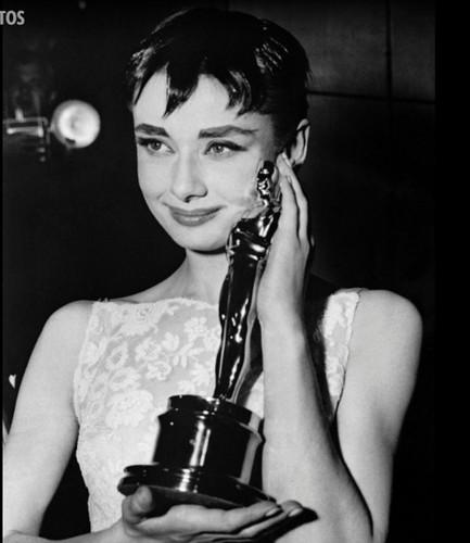 Nhung khoanh khac de doi cua Audrey Hepburn-Hinh-4