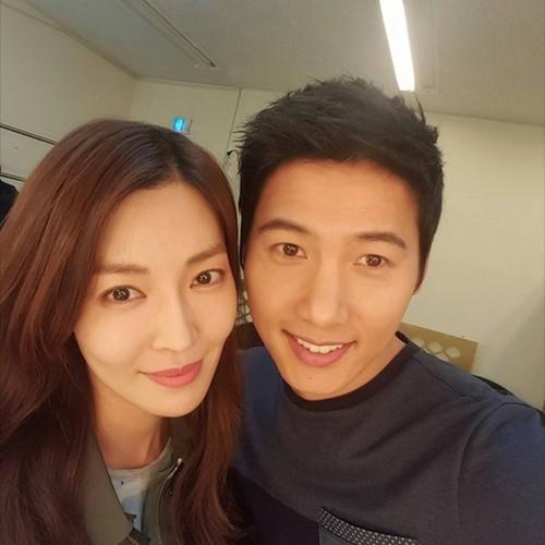Anh hanh phuc cua Lee Sang Woo - Kim So Yeon truoc ngay cuoi-Hinh-5