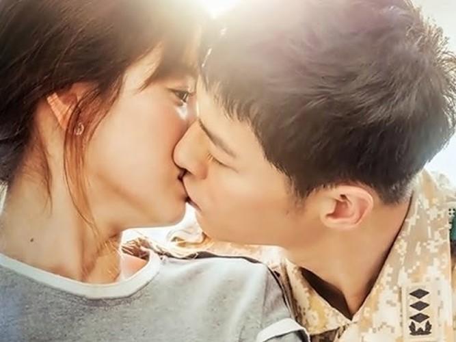 Nhung lan Song Joong Ki va Song Hye Kyo bi dinh tin don hen ho-Hinh-6