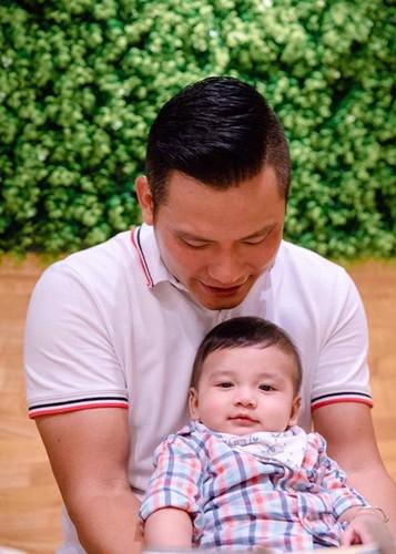 Jennifer Pham khoe con trai 6 thang tuoi cuc dang yeu-Hinh-2