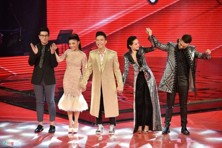 Loat quan quan The Voice, Vietnam idol chim nghim do dau