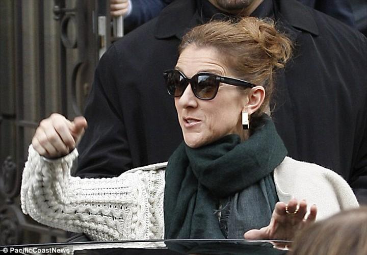 Celine Dion gia nua nhu ba lao 70 du o tuoi 49-Hinh-5
