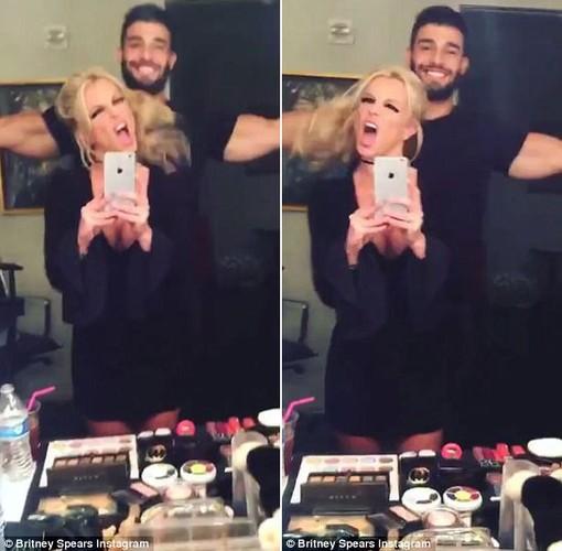 Britney Spears lo nhan sac phai tan khi de mat moc-Hinh-3