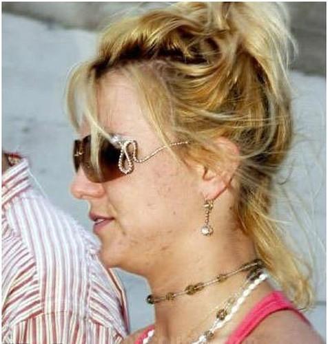 Britney Spears lo nhan sac phai tan khi de mat moc-Hinh-6