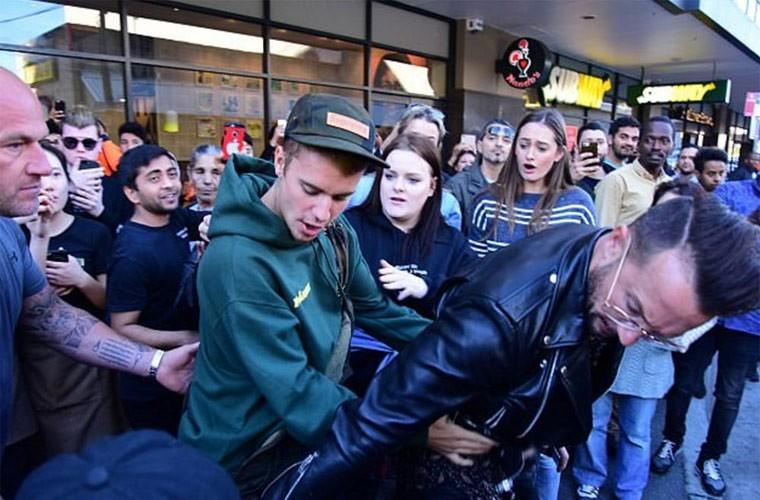 Ly do Justin Bieber bi nghi ngo gioi tinh-Hinh-9