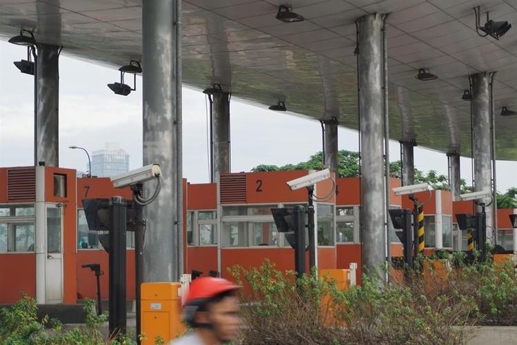 Can canh nhung tram thu phi bo hoang o Sai Gon-Hinh-11