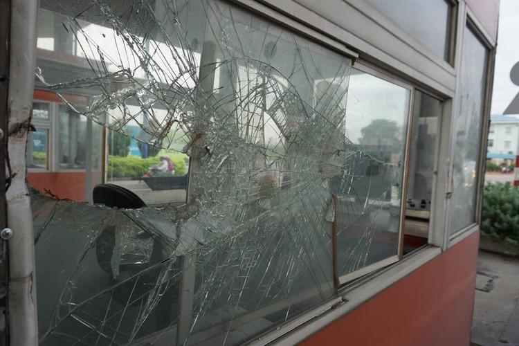Can canh nhung tram thu phi bo hoang o Sai Gon-Hinh-13
