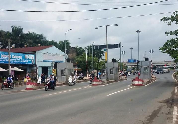 Can canh nhung tram thu phi bo hoang o Sai Gon
