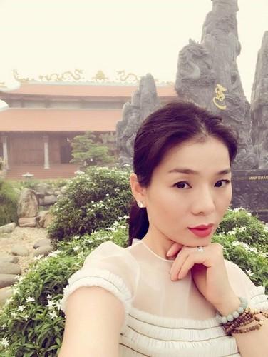 Chet cuoi voi hinh anh Ngo Kien Huy gia gai thi Hoa hau-Hinh-9