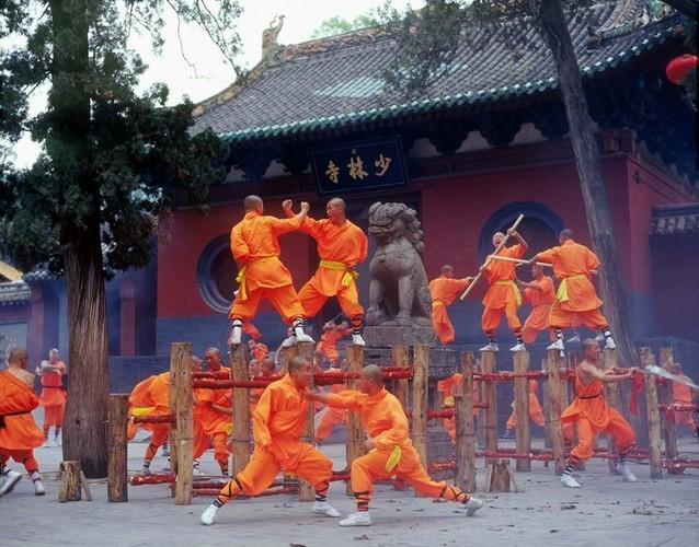 Kha nang ky dieu cua nha su Thieu Lam, ai xem cung choang-Hinh-2