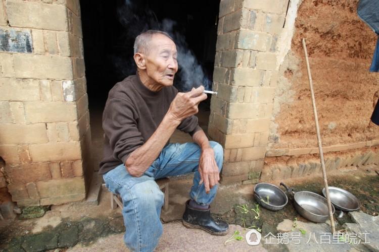 Tinh yeu cua cu ong 85 tuoi nay... nguoi tre con phai hoc dai dai-Hinh-11