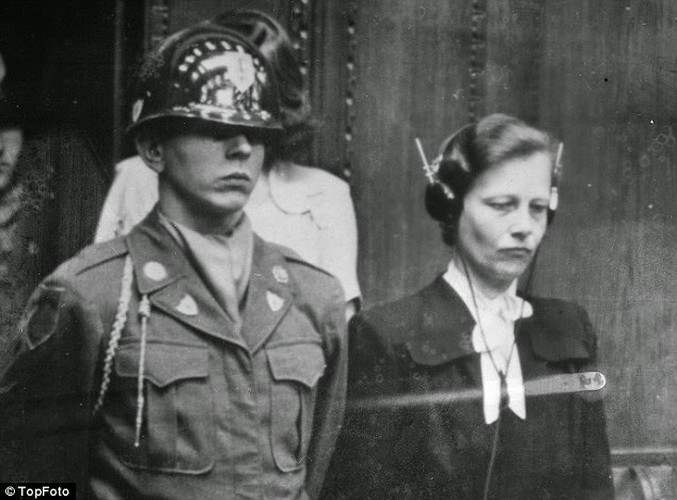 Ben trong trai tap trung giam phu nu cua Hitler-Hinh-8