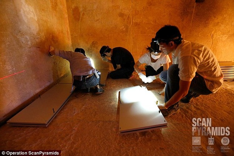 Bat ngo hai khoang bi an trong Dai kim tu thap Giza-Hinh-3