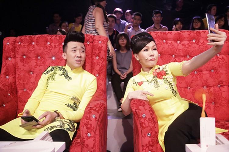Bat ngo nguoi phu nu duoc Tran Thanh...om nhieu nhat-Hinh-10