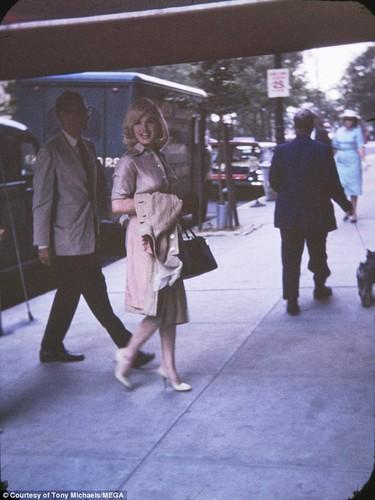 Anh chua tung cong bo ve Marilyn Monroe khi mang thai-Hinh-5