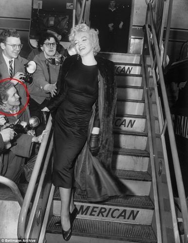 Anh chua tung cong bo ve Marilyn Monroe khi mang thai-Hinh-6