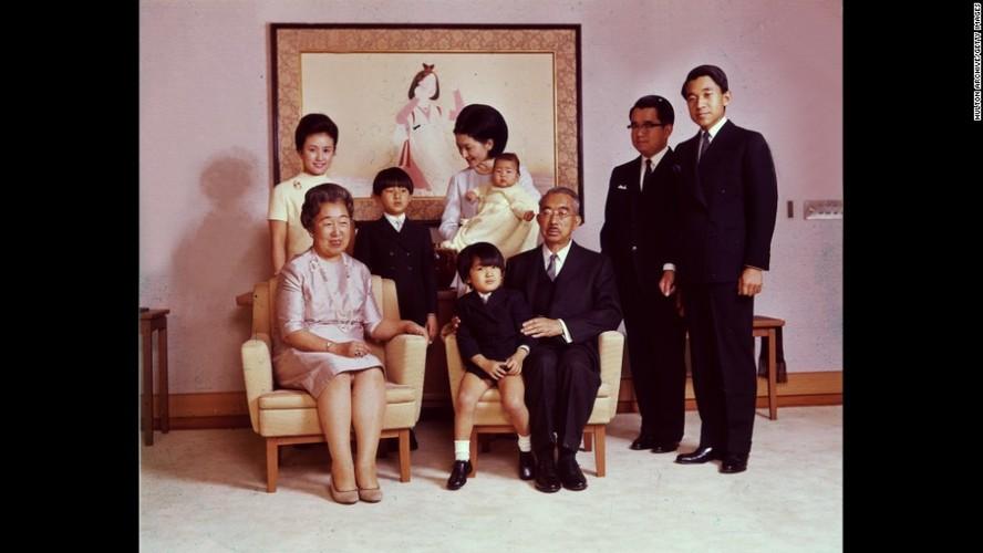 Nhung dau an quan trong trong cuoc doi Nhat hoang Akihito-Hinh-4