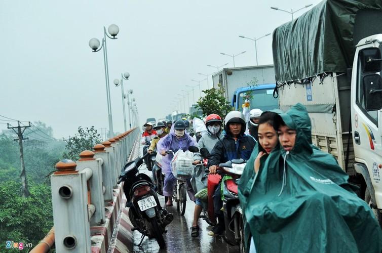 Anh: Xe dau keo bien dang sau tai nan lien hoan tren cau Thanh Tri-Hinh-6