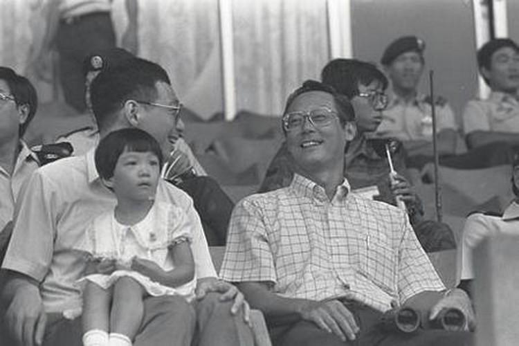 Nhung dau moc quan trong trong cuoc doi Thu tuong Ly Hien Long-Hinh-6