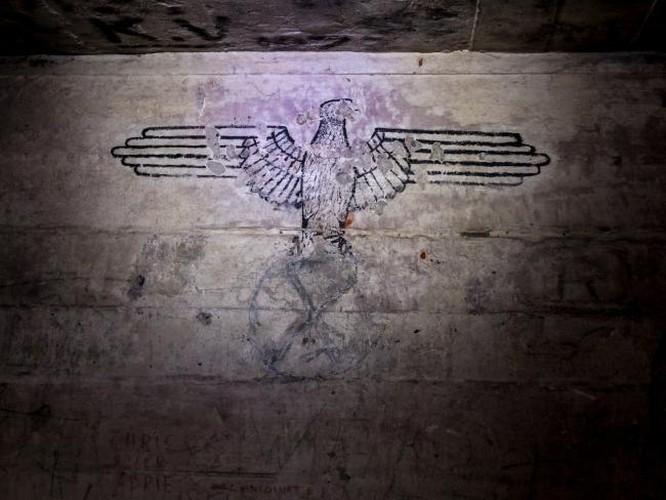 Kinh ngac thanh pho ngam bi mat cua trum phat xit Hitler-Hinh-4