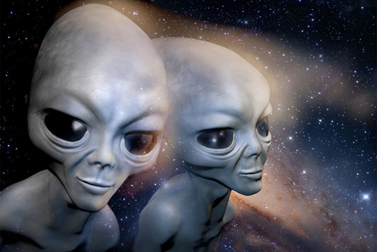 "Vu ""cham tran"" UFO kinh dong lich su loai nguoi-Hinh-9"