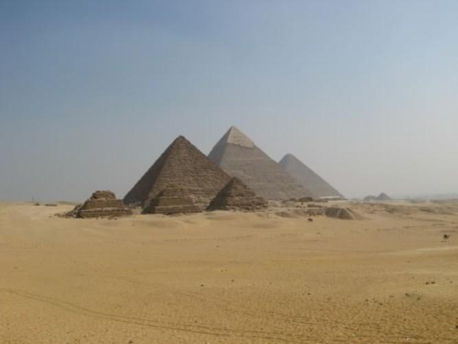 Loat bi an muon doi khong giai o dai kim tu thap Giza-Hinh-4