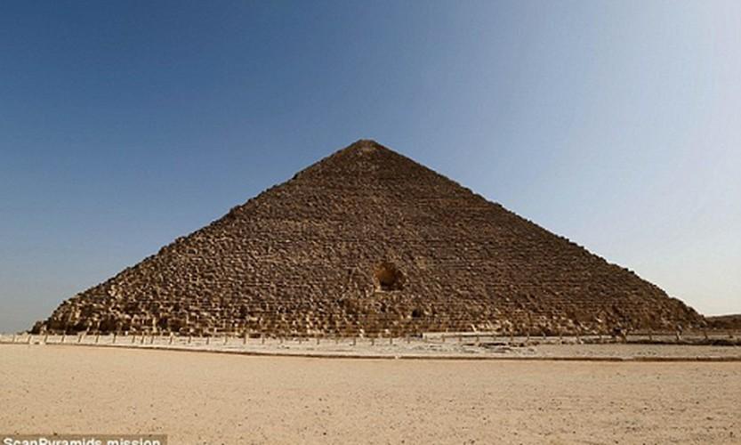 Loat bi an muon doi khong giai o dai kim tu thap Giza