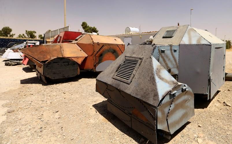 Can canh dan xe bom tu sat cua phien quan IS-Hinh-5