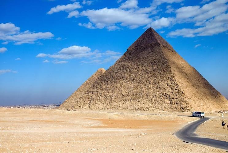 He lo can phong bi hiem nhat trong dai kim tu thap Giza