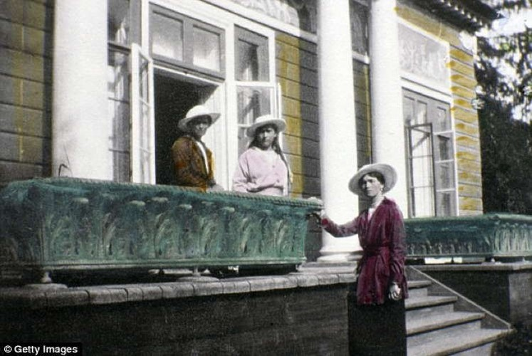 Anh hiem hoang toc Romanov truoc khi diet vong-Hinh-6
