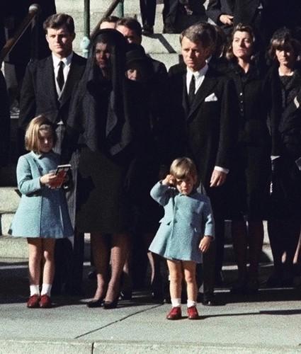 Chi tiet bat ngo vu am sat Tong thong John F. Kennedy-Hinh-9