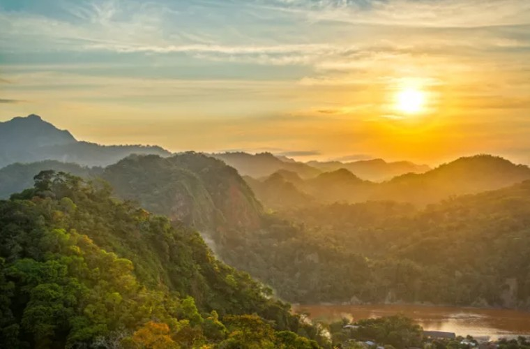 Vinh Ha Long lot top 15 diem den hap dan nhat TG-Hinh-4