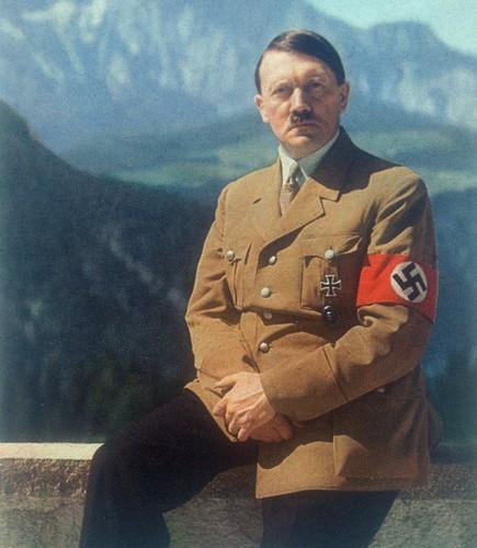 Soi tai lieu gay soc cua CIA ve tung tich cua Hitler-Hinh-2