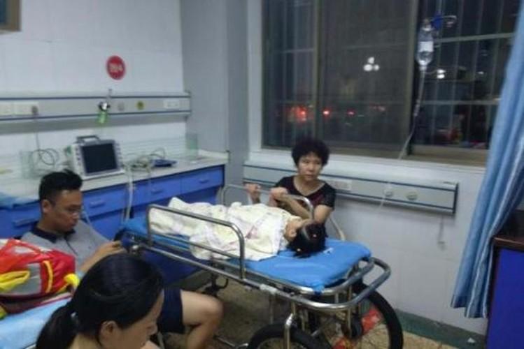 Nhung vu be boi thuc pham rung dong truong hoc Trung Quoc-Hinh-2