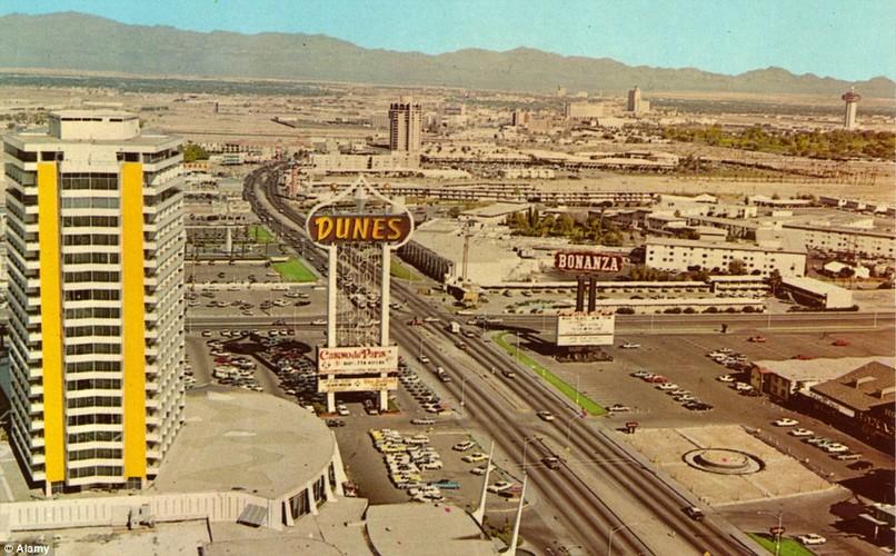 """Anh thanh pho Las Vegas """"thay da doi thit"""" nhung nam 1900"""