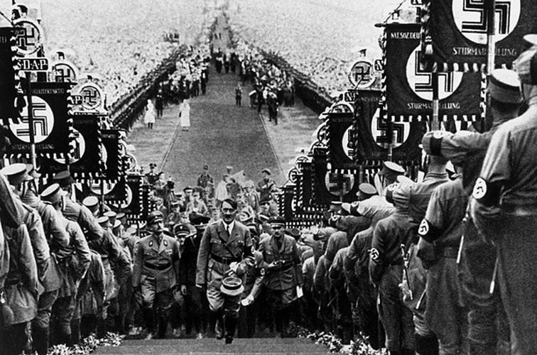 Bi mat ngo ngang ve cuoc doi trum phat xit Hitler-Hinh-4