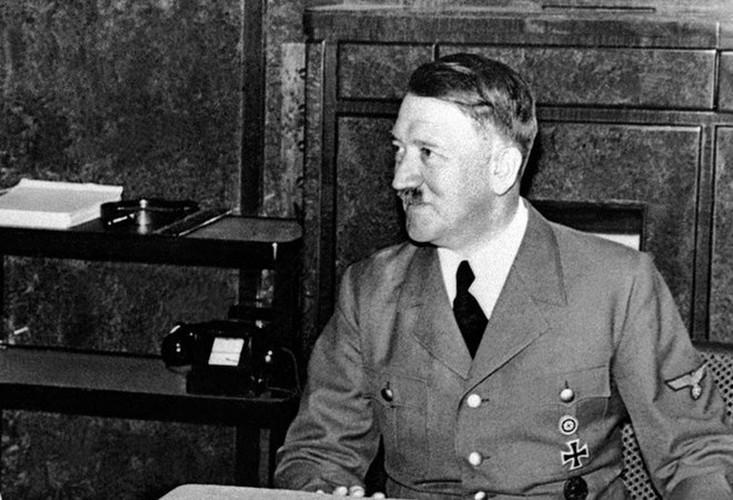 Bi mat ngo ngang ve cuoc doi trum phat xit Hitler