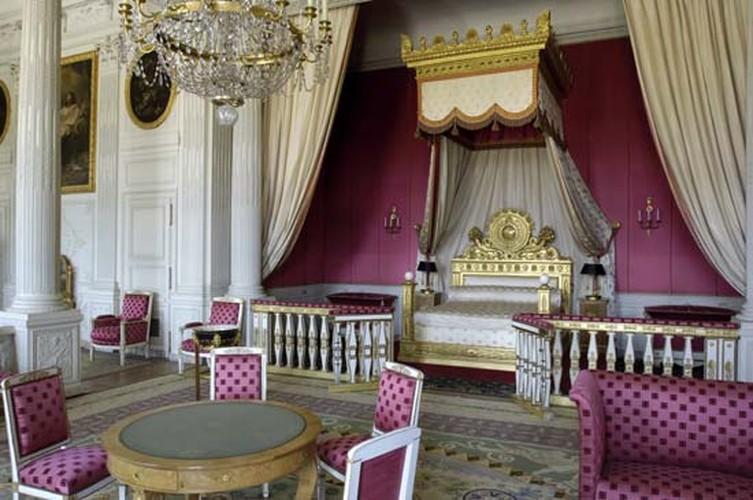 Giai ma bi mat it biet ve cung dien Versailles noi tieng-Hinh-10