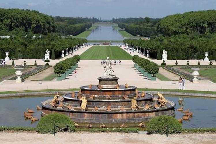 Giai ma bi mat it biet ve cung dien Versailles noi tieng-Hinh-5