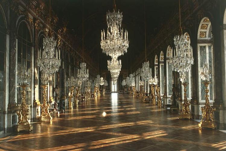 Giai ma bi mat it biet ve cung dien Versailles noi tieng-Hinh-6