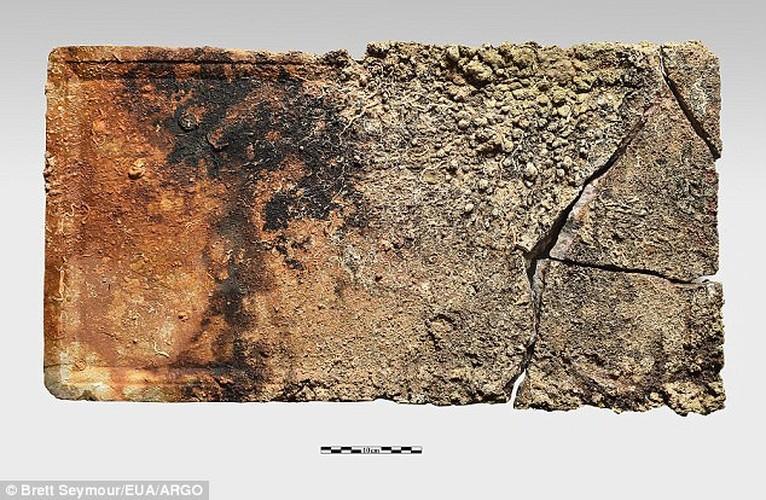 Phat hien canh tay bang dong trong tau dam Antikythera-Hinh-7