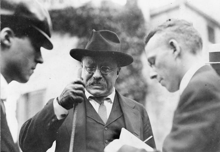 Tong thong Theodore Roosevelt bi am sat nam 1912 the nao?-Hinh-9