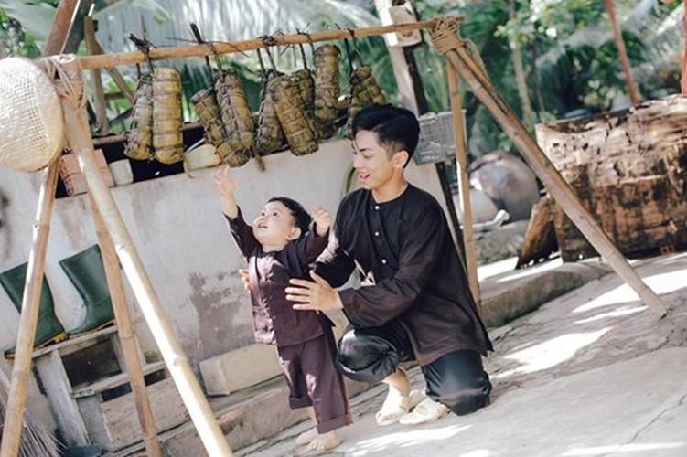 Phan Hien hi hui rua chan cho Khanh Thi-Hinh-16